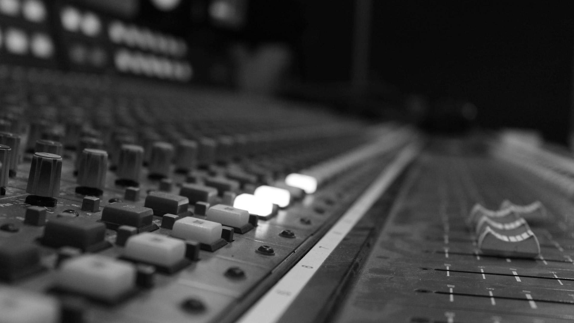 alquiler de equipos de sonido e iluminaci n profesional